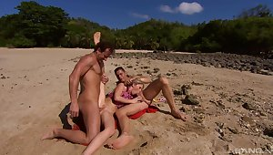 Perfect beach getaway for MILF Jamie Brooks is to have two dicks in her