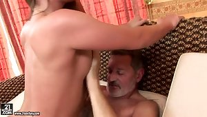 Teen Cathy Heaven has nice screw with venerable man