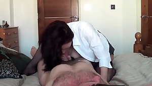 Busty Russian MILF allude on cock